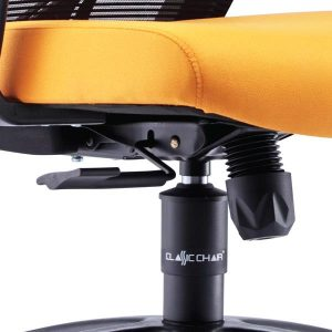 Synchronized mechanism allows the backrest to tilt and move relatively