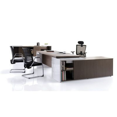 Presidency Series Manager Table Set